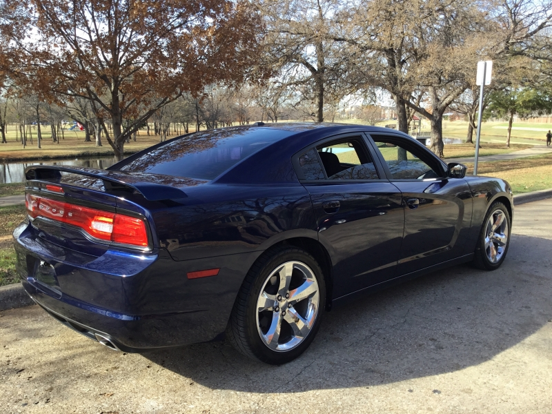 Dodge Charger 2013 price $8,900
