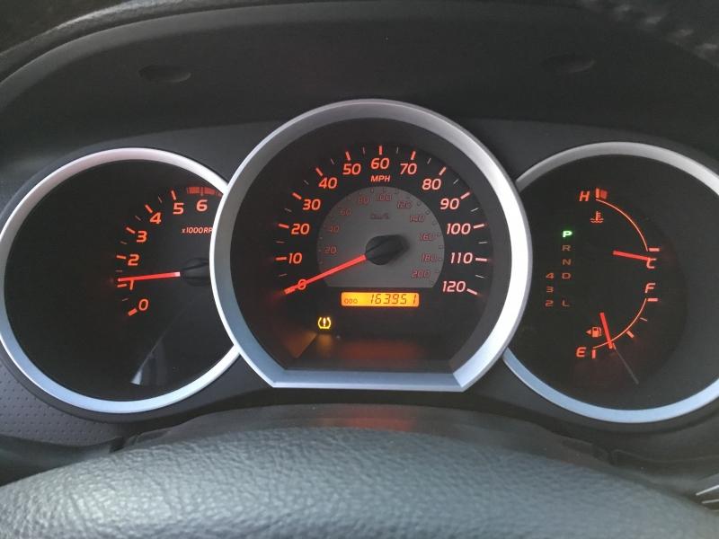 Toyota Tacoma 2007 price $11,300 Cash