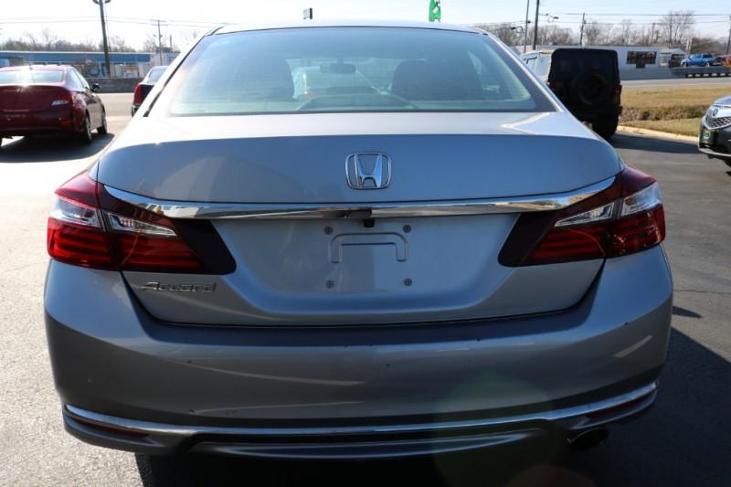Honda Accord Sedan 2016 price $18,990