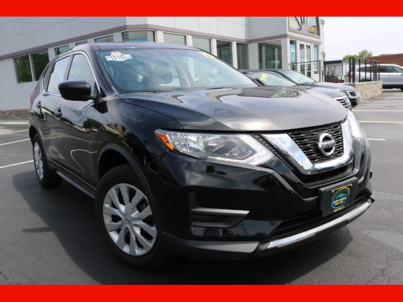 Nissan Rogue 2017 price $18,990