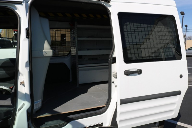 Ford Transit Connect 2013 price $8,990