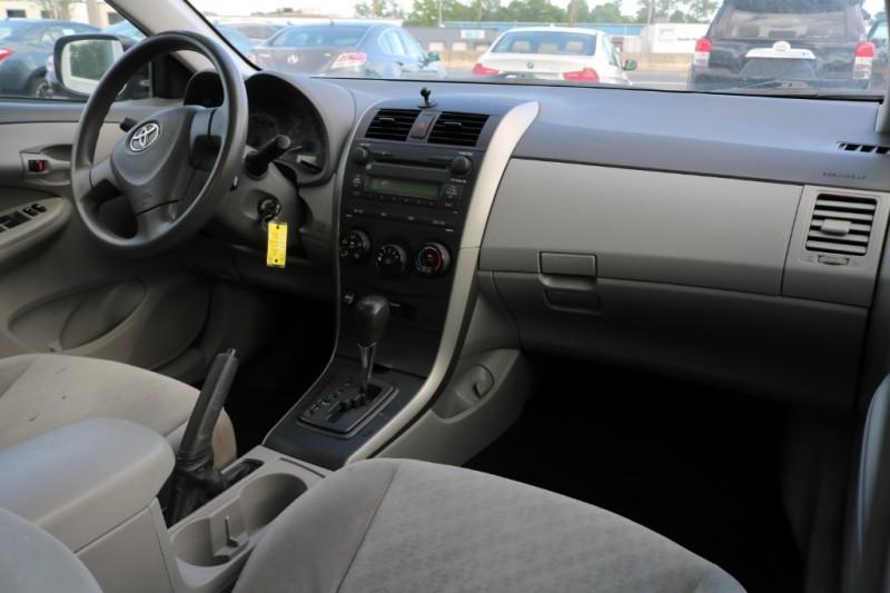 Toyota Corolla 2009 price $6,990