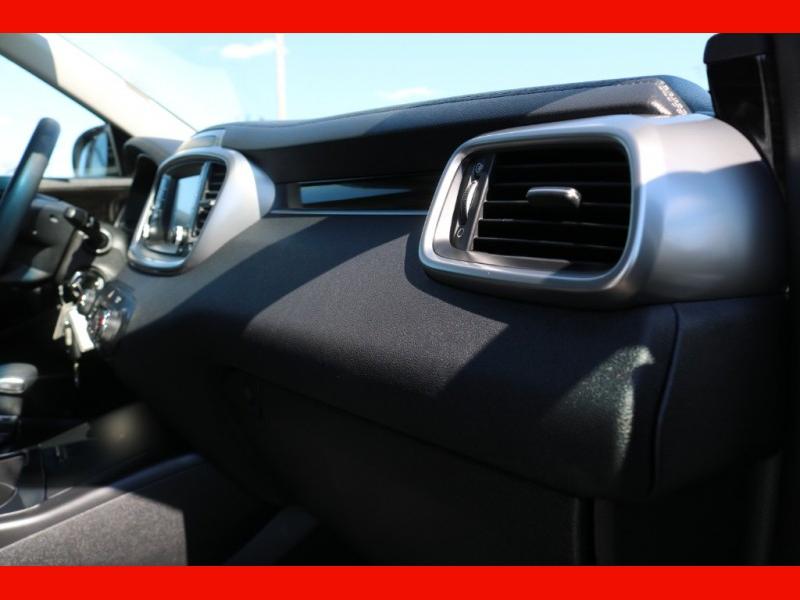 Kia Sorento 2019 price $25,990