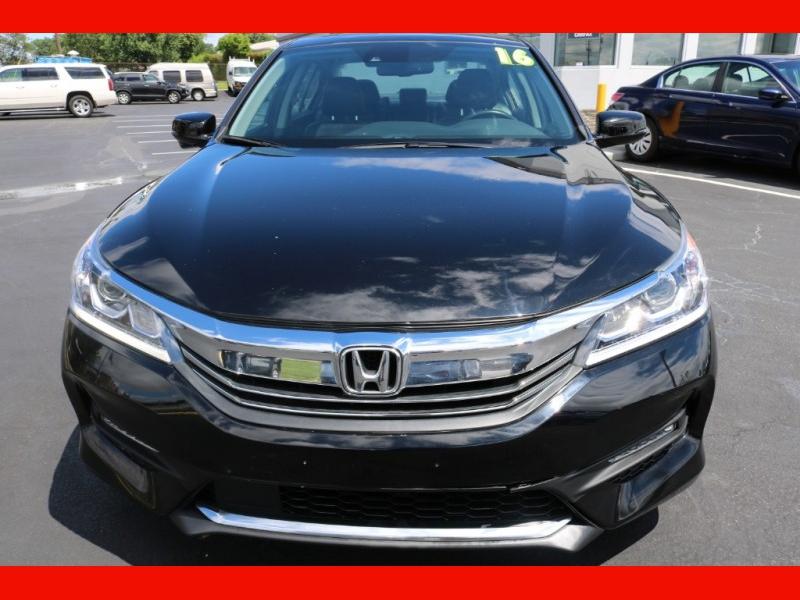 Honda Accord Sedan 2016 price $21,990
