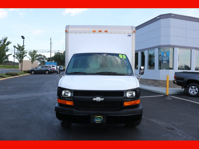 Chevrolet Express Commercial Cutaway 2003 price $8,990