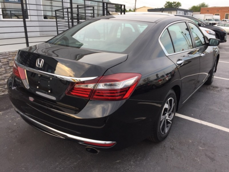 Honda Accord Sedan 2016 price $19,990