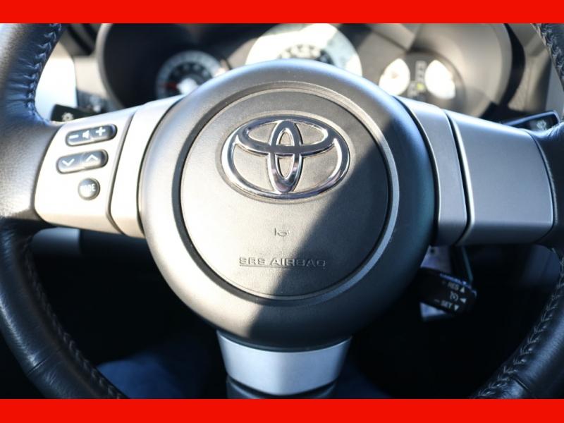 Toyota FJ Cruiser 2007 price $18,990