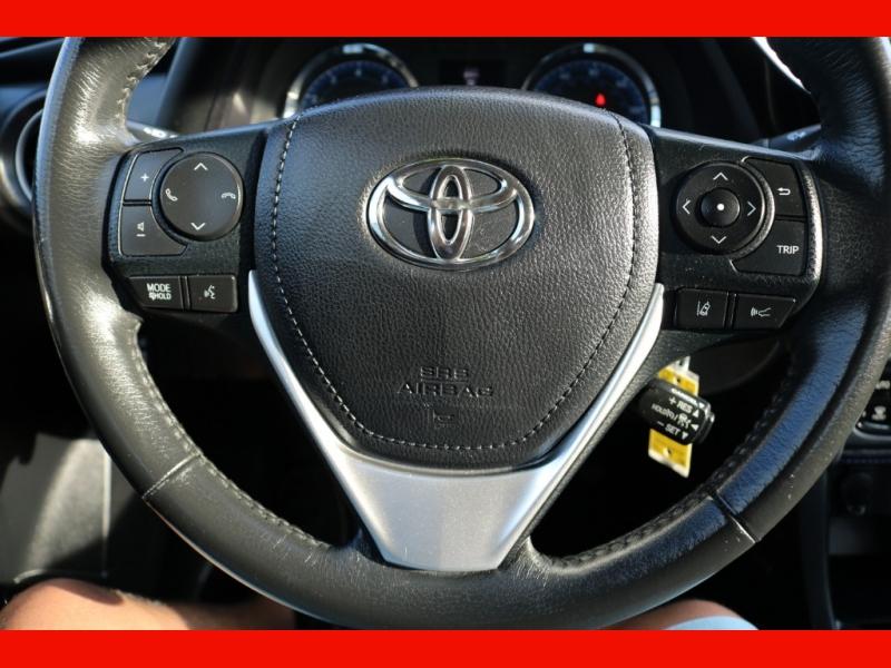 Toyota Corolla 2017 price $18,990