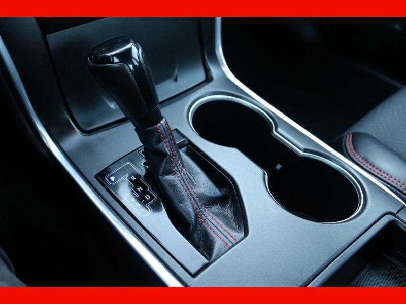 Toyota Camry 2017 price $18,990