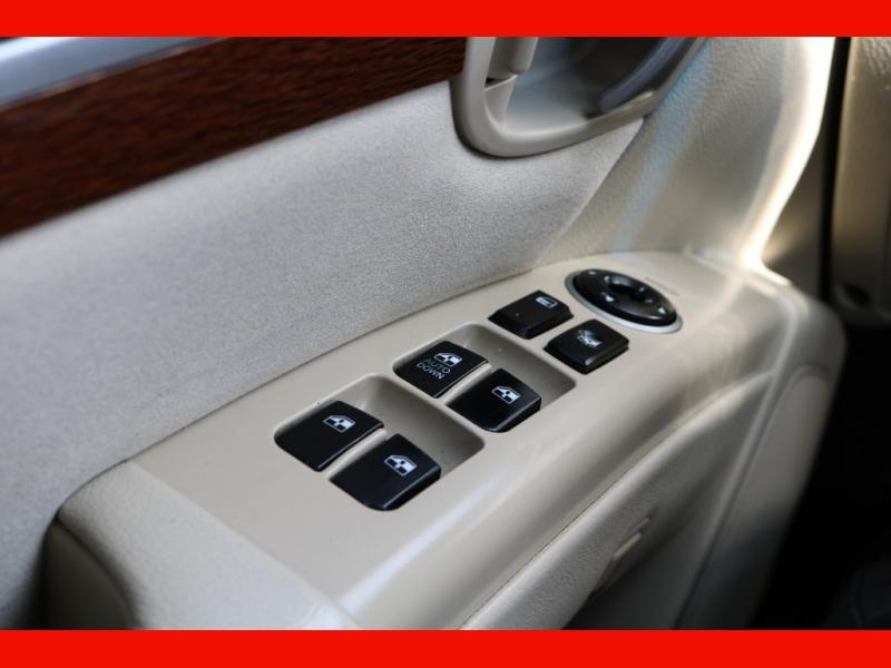 Hyundai Santa Fe 2008 price $7,990