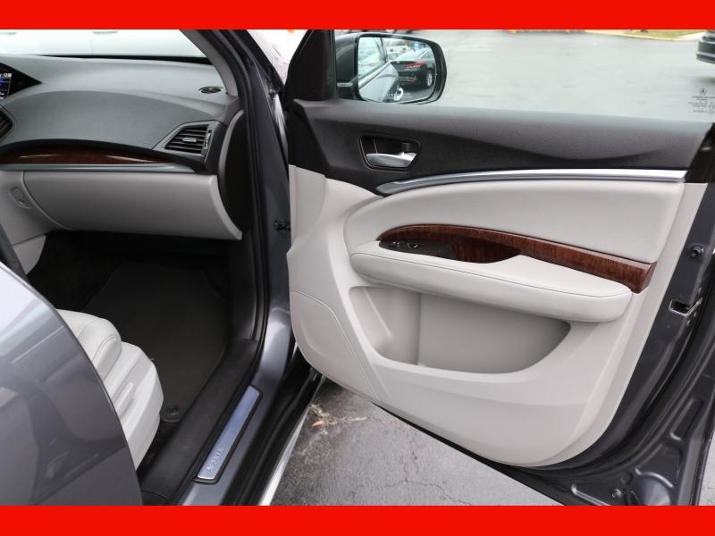 Acura MDX 2017 price $27,990