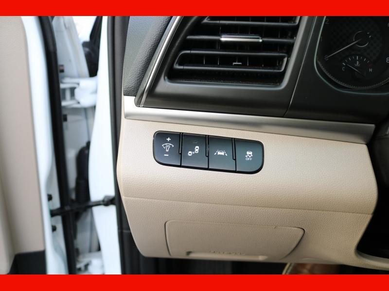 Hyundai Elantra 2019 price $18,990
