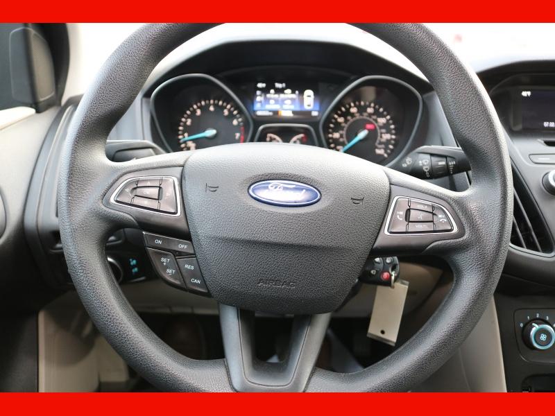 Ford Focus 2016 price $9,990