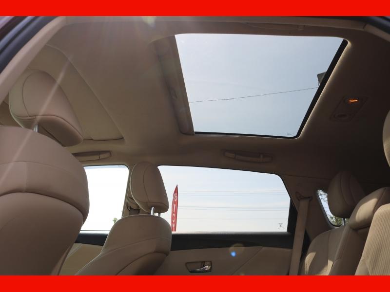 Toyota Venza 2010 price $10,990