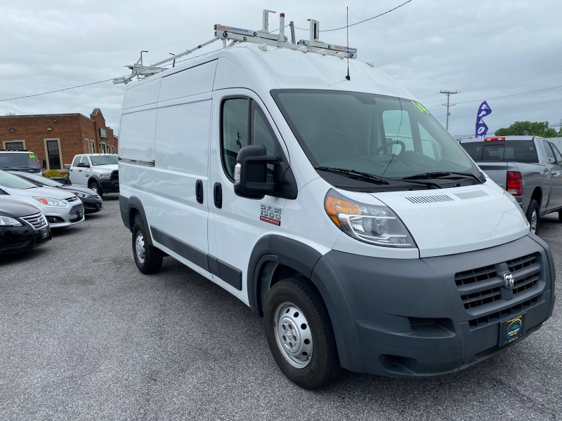 RAM ProMaster Cargo Van 2014 price $15,990