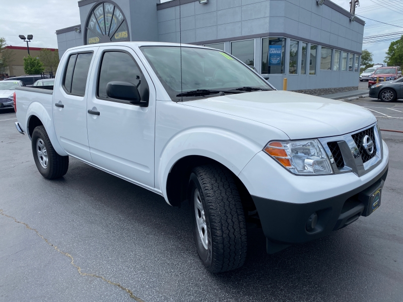 Nissan Frontier 2011 price $14,990