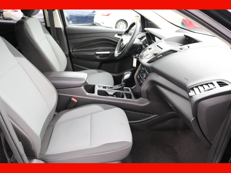 Ford Escape 2018 price $15,990