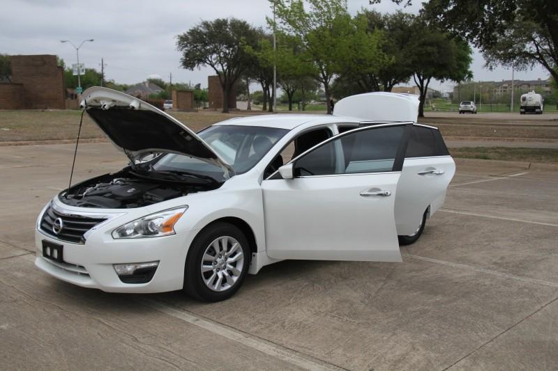 Nissan Altima 2014 price $8,900