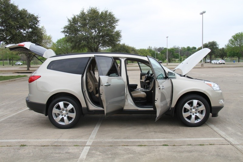 Chevrolet Traverse 2011 price $9,900