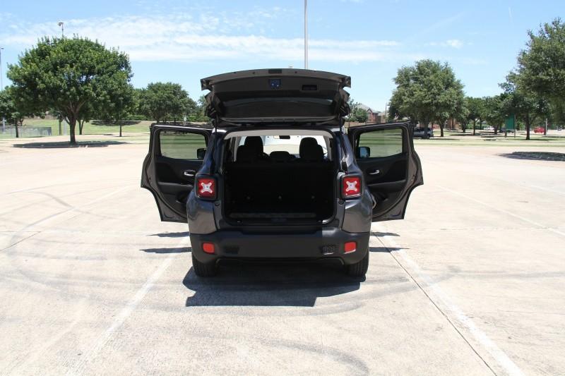 Jeep Renegade 2016 price $14,300