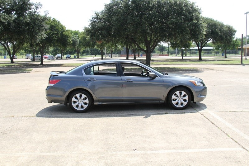 Honda Accord Sdn 2010 price $8,600