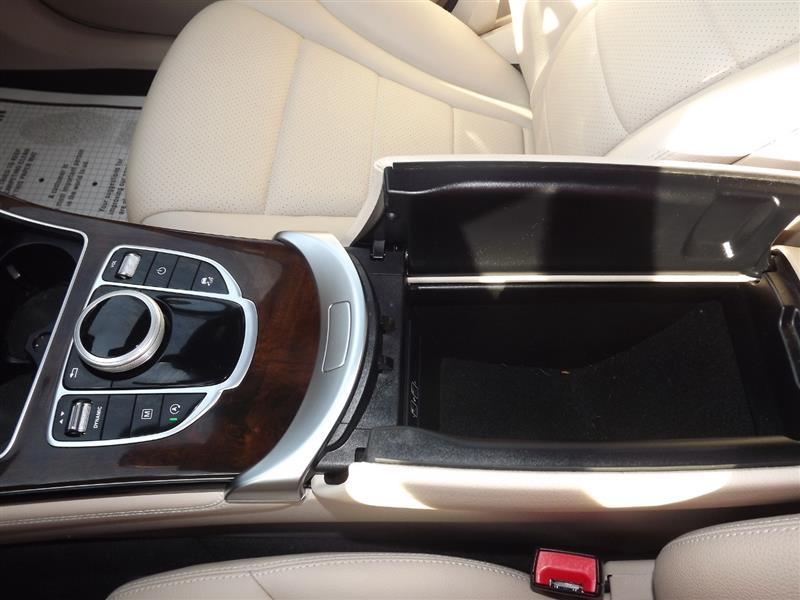 Mercedes-Benz GLC 2017 price $3000 - Downpayment