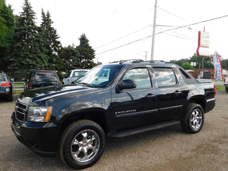 Chevrolet Avalanche 2007 price $7,990
