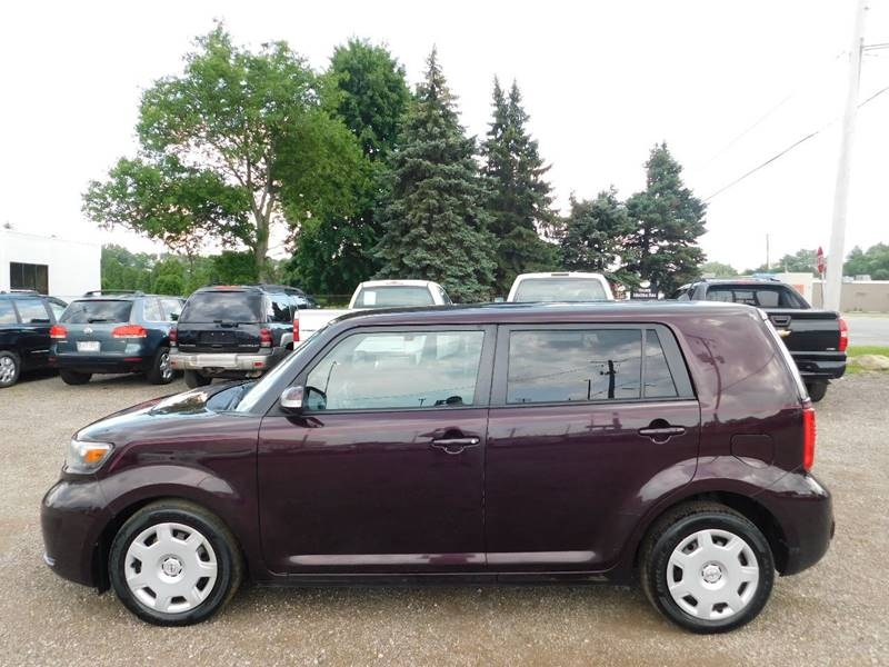 Scion xB 2010 price $3,300