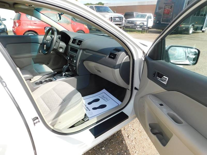 Ford Fusion 2012 price $4,500