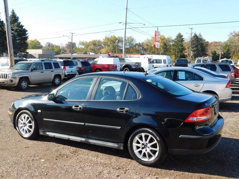 Saab 9-3 2004 price $2,900