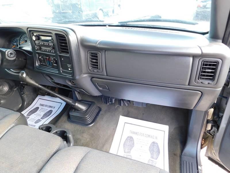 Chevrolet Silverado 1500 2003 price $2,300