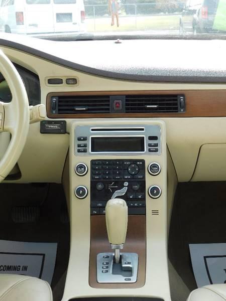 Volvo S80 2008 price $3,900