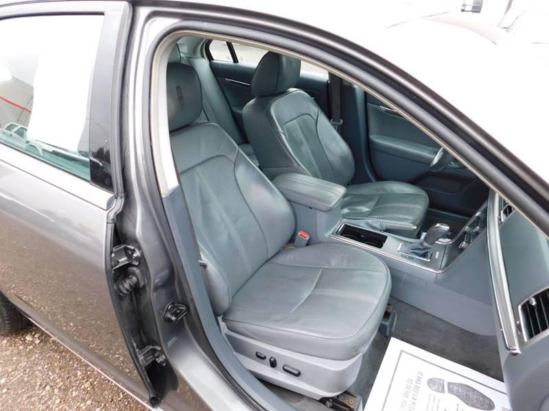 Lincoln MKZ 2010 price $4,990