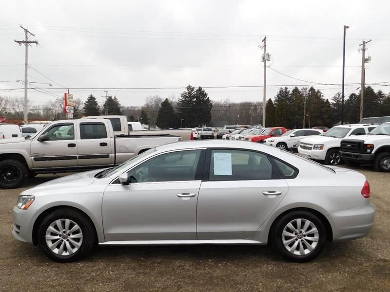Volkswagen Passat 2013 price $5,990