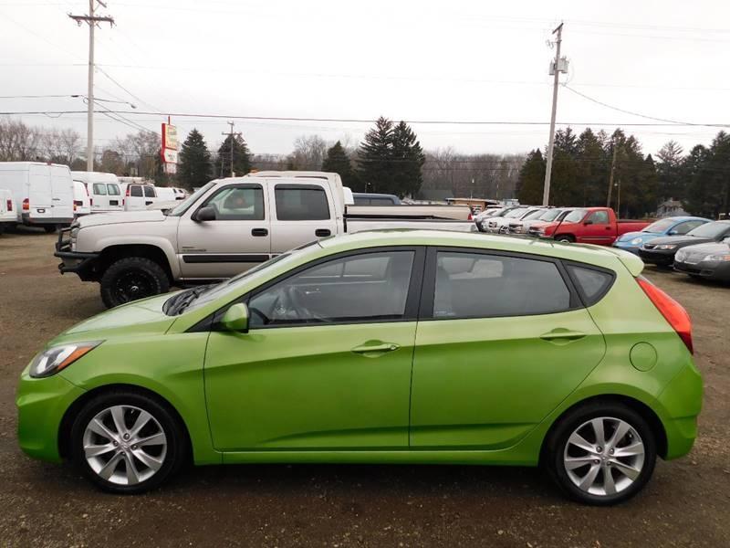 Hyundai Accent 2012 price $4,500