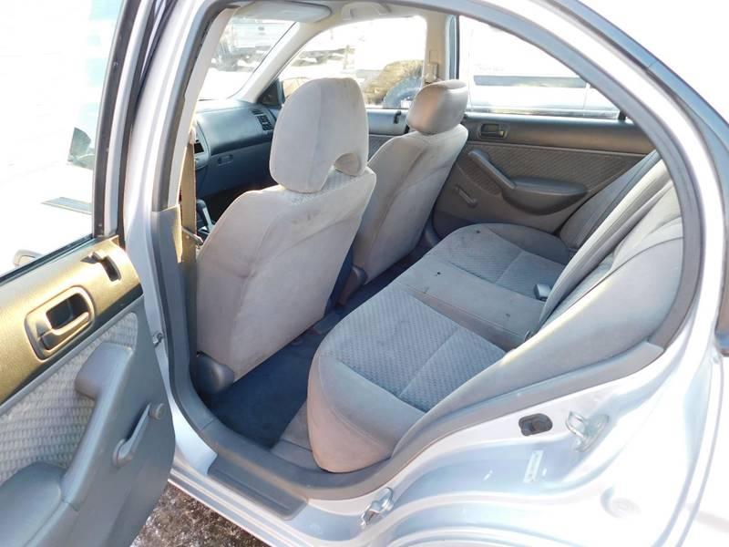 Honda Civic 2004 price $2,700