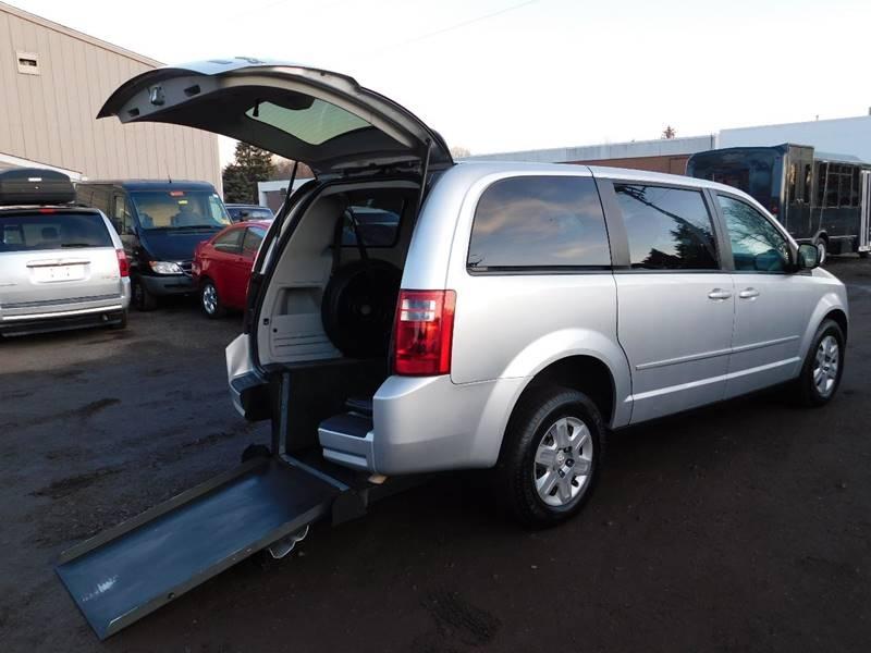 Dodge Grand Caravan 2009 price $12,700