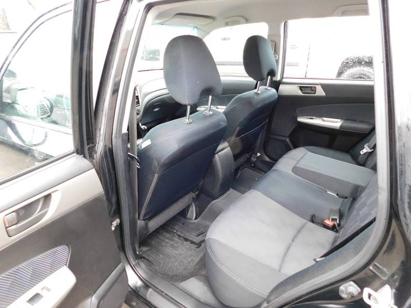 Subaru Forester 2009 price $3,990