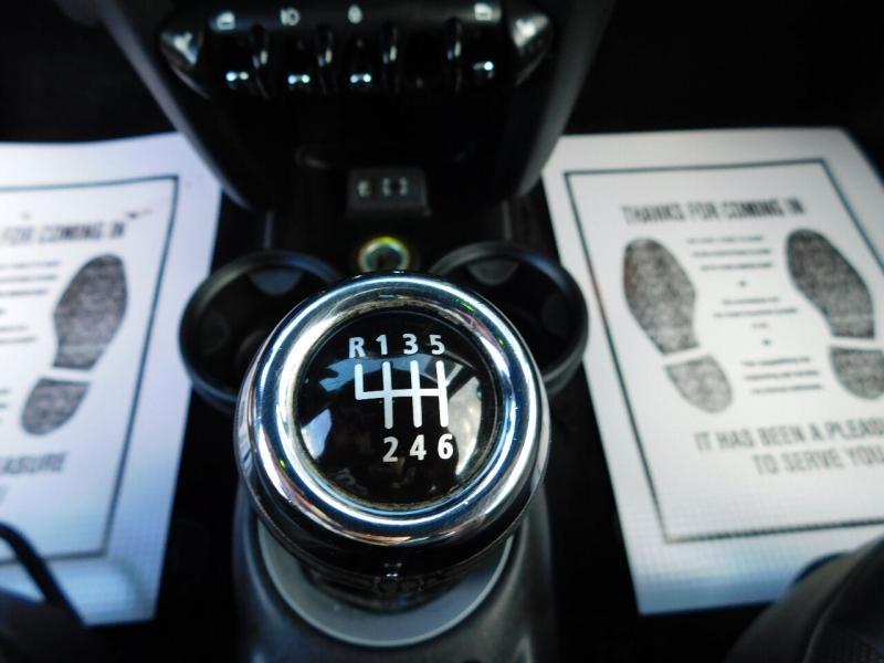 MINI Hardtop 2013 price $6,990