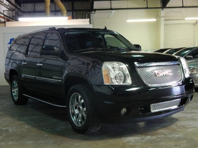 2007 GMC Yukon XL Denali