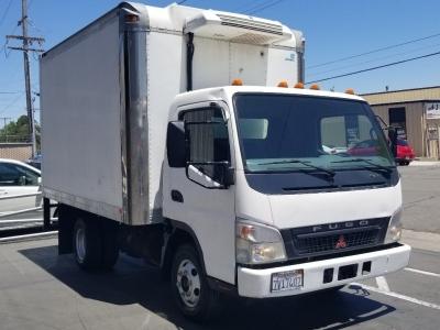 05 FUSO  Flea Market Vendors Truck