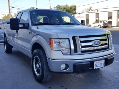 2010 Ford F-150 2WD SuperCab XLT LONG BED