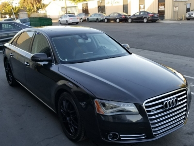 2011 Audi A8L EXECUTIVE PACKAGE, AWD QUATTRO