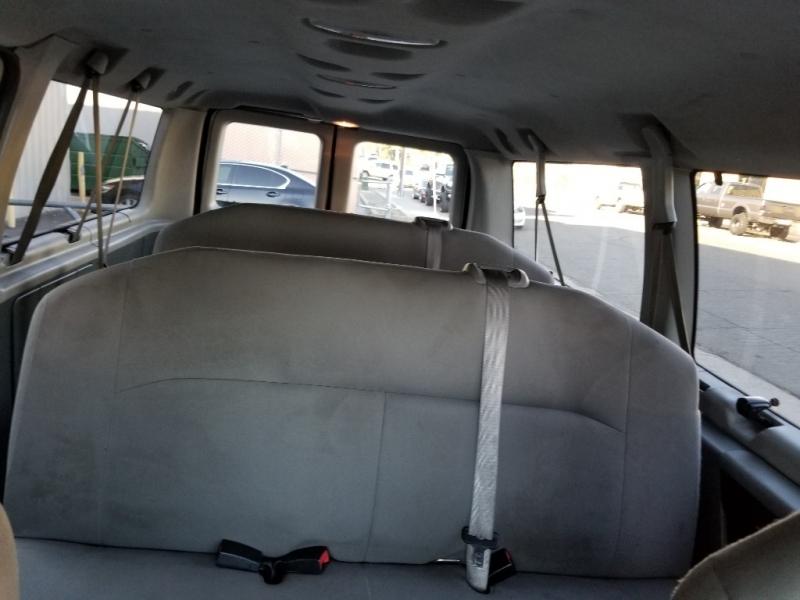 Ford Econoline Wagon 2012 price $11,995
