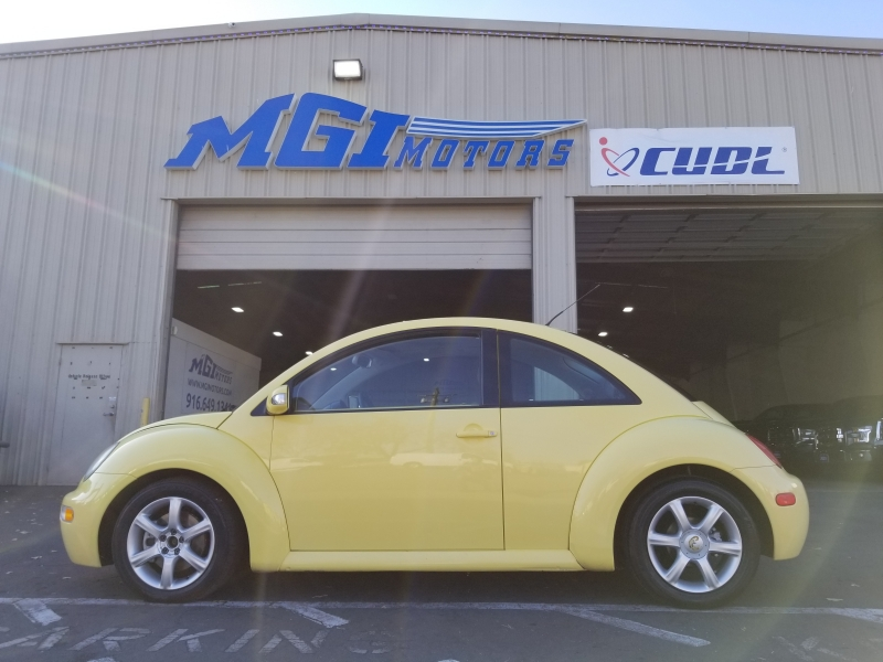 Volkswagen New Beetle Coupe 2004 price $3,995