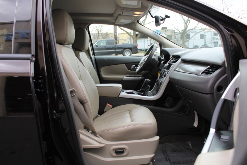 Ford Edge 2013 price $12,995