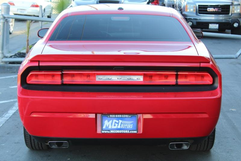 Dodge Challenger 2014 price $18,995
