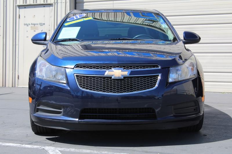 Chevrolet Cruze 2011 price $4,995