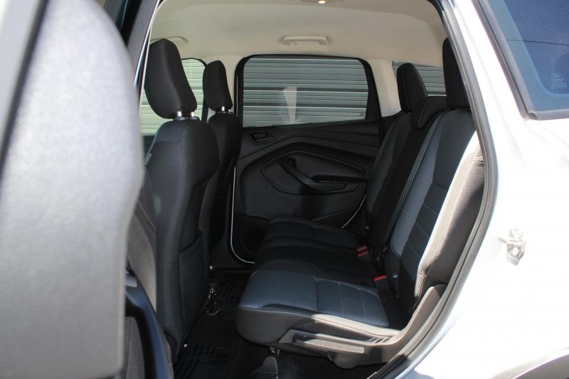 Ford Escape 2018 price $10,995