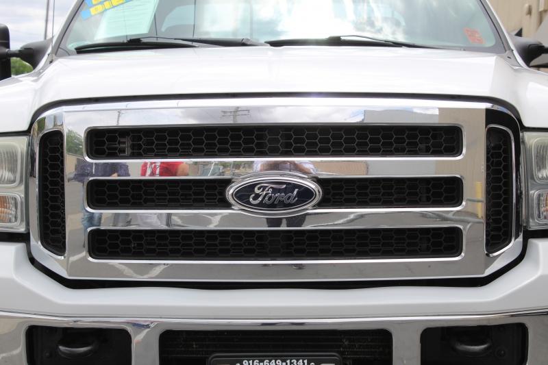 Ford Super Duty F-250 2005 price $17,995